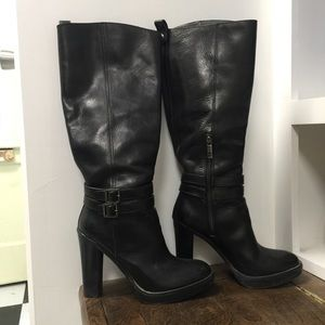 Tory Burch Leather Heeled Boots